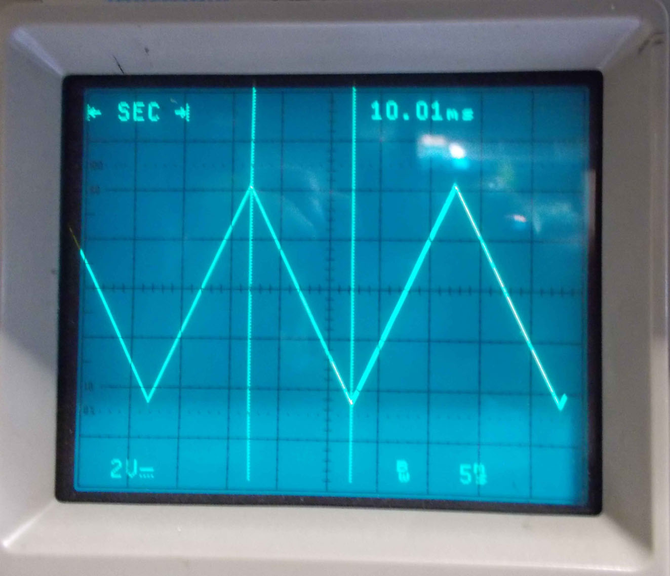 Oscillatore_50Hz.jpg
